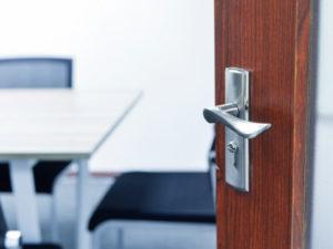 PVC Falttüren | Zusammenklappbare Türen